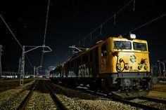 night train by Pelayo Maojo, via Flickr