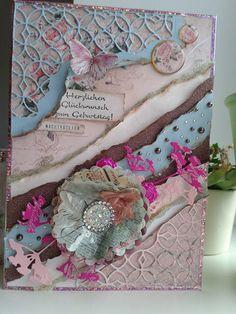 Glückwunschkarte aus gerissenem Papier, gestanzten Ornamenten und Micro Pearls