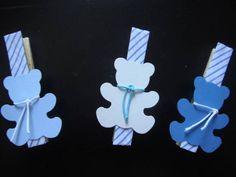 Pregador de roupa decorado e imantado para recadinhos de geladeira. As lembrancinhas são embaladas individualmente no saquinho cristal + tag . Pode ser feito no tema que desejar, de acordo com sua ocasião: maternidade, nascimento, chá de bebê, chá de fraldas, chá de panela, chá de lingerie, aniversário e outros R$ 2,50