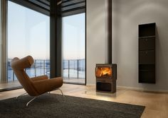 Jotul F305 LL  #KernowFires #jotul #fireplace #woodburner #stove #cornwall #freestanding #contemporary