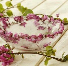 Frozen flowers in bowls-very decorative