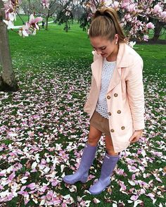 Essence of spring pt. 1.  Thank you #hunterboots #boots #rainboots #style #outlet