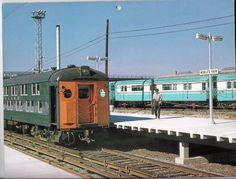 Worlds Fair Train Station, 1964, subway cars in the backgorund  Posted to the page by Steven Waldman