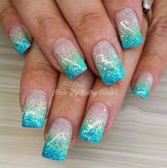 Heat Up Your Life with Some Stunning Summer Nail Art Nail Art Designs, Acrylic Nail Designs, Teal Nails, Glitter Nails, Stylish Nails, Trendy Nails, Jolie Nail Art, Nagellack Design, Dipped Nails