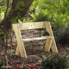 Woodworking Bench Build a Wooden Bench for Less - Check out these easy woodworking projects you can build! They don't need a complete workshop and are great beginner DIY small woodworking projects. Kids Woodworking Projects, Woodworking Bench, Woodworking Shop, Woodworking Classes, Woodworking Videos, Youtube Woodworking, Woodworking Machinery, Woodworking Fasteners, Barn Wood Projects