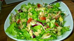 Tupun tupa: Tonnikalasalaatti Lettuce, Vegetables, Food, Essen, Vegetable Recipes, Meals, Yemek, Salads, Veggies