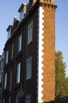 flat house in London