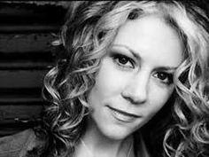 Natalie MacMaster: Fiddling in reel time | TED Talk | TED.com