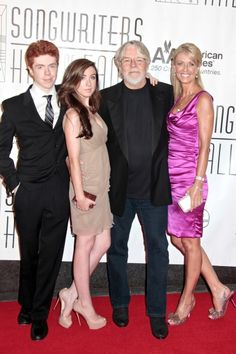 Bob Seger, wife Nita, daughter Samantha and son Cole at Bette Midler ...