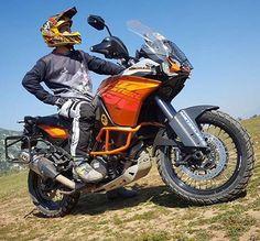 KTM 1190 Adventure  Repost @felipe_iturra  Referentes del Dual Sport en Panamá!  #DualSportPty #DualSportPma #DualSportPanama #DualSport #BigTrail #Enduro #Motocross #DirtBike #SuperMotard #Panama #PanamaCity #Pty #Yamaha #Honda #Suzuki #Kawasaki #KTM #BMWMotorrad #Ducati #Triumph #Aprilia #Husqvarna #Instagram #InstaFoto #InstaPics #VisitaPanama #visitpanama