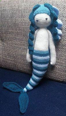 2000 Free Amigurumi Patterns: Free mermaid pattern
