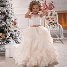 2016 Lovely First Communion Dresses For Girls Wedding Party Gown Ruffle Girl Dress