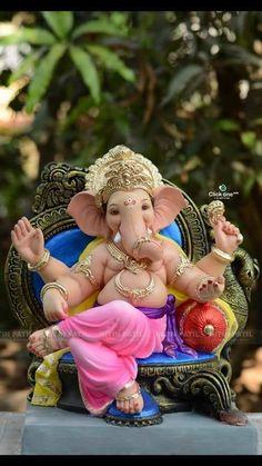 Shri Ganesh Images, Ganesh Chaturthi Images, Ganesha Pictures, Krishna Images, Ganesh Idol, Ganesha Art, Clay Ganesha, Ganpati Bappa Wallpapers, Ganesh Photo