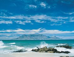Table Mountain, South Africa--been there, done that, would do it again and again and again. South Africa Beach, Visit South Africa, Cape Town South Africa, Oh The Places You'll Go, Places To Visit, Table Mountain Cape Town, Salalah, Voyager Loin, Out Of Africa
