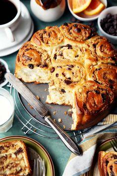 Chocolate, Orange, and Hazelnut Breakfast Bread (Putizza)