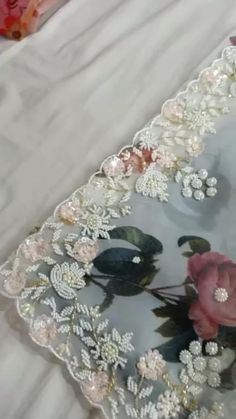Saree Embroidery Design, Hand Embroidery Dress, Bead Embroidery Patterns, Indian Embroidery, Embroidery Fashion, Hand Embroidery Designs, Altar, Lehenga Pattern, Cutwork Saree