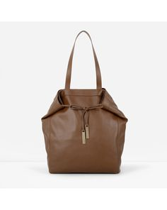 Perfectly on-trend and practical, CHARLES & KEITH's bags will match any look. Find everything from crossbodies, purses, handbags, totes and travel options. Shop now. Branded Handbags Online, Branded Bags, Online Bags, Charles Keith Bag, White Handbag, White Purses, Tie Knots, Tote Purse, Everyday Fashion