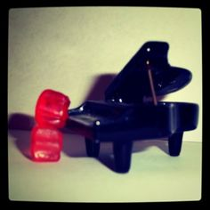 I would need super tiny fingers to play this piano.