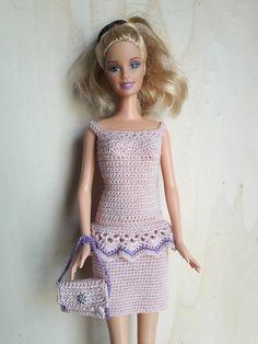 Puppenkleidung - Barbie Kleid (gehäkelt), rosa - ein Designerstück von Anna-Tim bei DaWanda