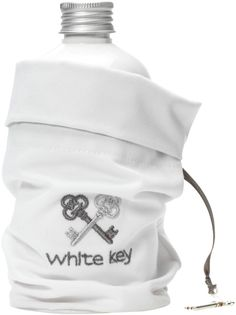 White Key Villas - Signature Body Set