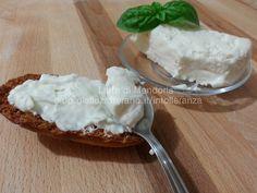 Stracchino fatto in casa senza lattosio – Latte di Mandorla blog Copyright © All Rights Reserved Ricette cucina facili e veloci senza lattosio per intolleranti al latte e vegetale