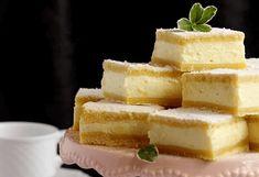 Recept na božský smetanový koláč: Úžasně jemný a přitom neuvěřitelně jednoduchý! – Snadné Vaření Recepty Cornbread, Cheesecake, Ethnic Recipes, Desserts, Food, Basket, Millet Bread, Tailgate Desserts, Deserts