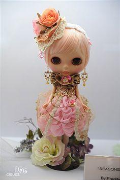 Customized and gorgeous Blythe #blythe