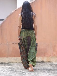 Made in printed stone washed fabric light and very comfy .  These Harem Pants have a full elastic and drawstring ensuring a great fit .There are 2 cargo
