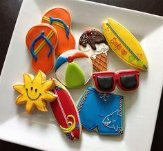 Summer Cookies by NatSweets Galletas Cookies, Iced Cookies, Cut Out Cookies, Cute Cookies, Royal Icing Cookies, Cupcake Cookies, Cookie Cakes, Cupcakes, Birthday Cookies