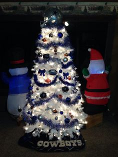 dallas cowboy christmas tree