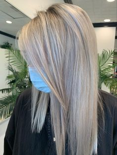 Icy blonde ashe tones for blonde with shadow root Icy Blonde, Long Hair Styles, Photo And Video, Beauty, Instagram, Ice Blonde, Cosmetology, Long Hairstyles, Long Hair Cuts