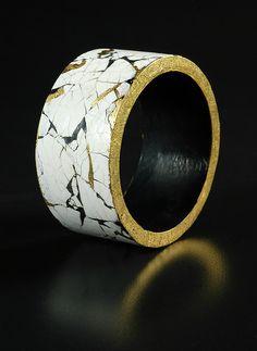 Eggshell bracelet