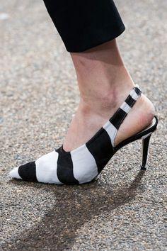 Topshop Unique, Spring 2017 - London's Fab Runway Footwear for Spring 2017 - Photos