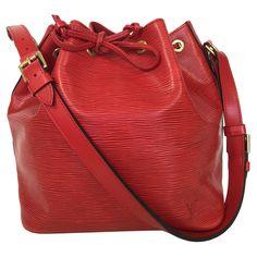 """Louis Vuitton - """"Petit Noé Epi"""" in Rot #louisvuitton #vintagefashion"""