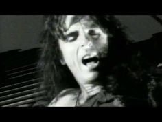 Alice Cooper - Poison I want to love you but I better not touch (don?t touch) I want to hold you, but my senses tell me to stop I want to kiss you but I want it too much (too much)...