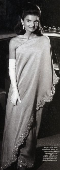 Jacqueline Kennedy Onassis - Features - Valentino Garavani Museum