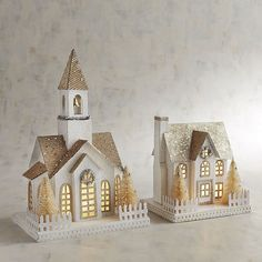 icu ~ LED Light-Up Golden Glittered Church or House Pier One Christmas, French Christmas, Christmas Town, Christmas Tree Design, Christmas Mantels, Christmas Paper, Christmas Crafts, Christmas Glitter, Christmas Tables