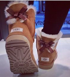 """""""UGG"""" Women male Fashion Wool Snow Boots from Simpleclothesv. - - """"UGG"""" Women male Fashion Wool Snow Boots from Simpleclothesv. Ugg Boots Sale, Boots For Sale, Keds, Lace Up Boots, Leather Boots, Ankle Boots, Heel Boots, Black Leather, Cute Shoes"""