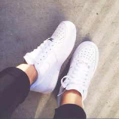 780877d952a8 Nike Air Force 1 Low Shoes All White Classic