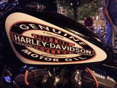 Harley tank, lovely !