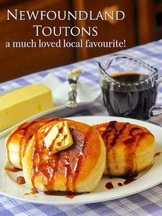Newfoundland toutons are a local treat consisting simply of slowly fried pieces of white dough, often in pork fat, traditionally served with molasses. Canadian Cuisine, Canadian Food, Canadian Recipes, Canadian Dishes, Newfoundland Recipes, Rock Recipes, Game Recipes, Le Diner, Macaron