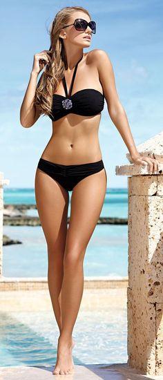 8b8354b058 Ewelina Olczak Sexy Bikini