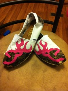 LOVE These!  Custom Hand Painted Camo Toms