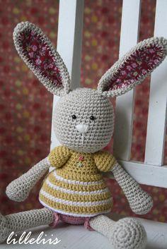 Frillypants Bunny crochet amigurumi toy by lilleliis o