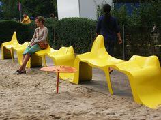 Sitzbank aus Kunststoff ohne Rückenlehne DIAGRAM by Nola Industrier Design Clara Lindencrona, Karin Andersson