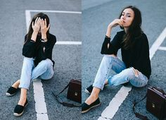 Get this look: http://lb.nu/look/7626024  More looks by Beatrice Gutu: http://lb.nu/thefashioncuisine  Items in this look:  Blouse, Jeans, Bag, Shoes   #casual #classic #minimal