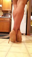 - WOMEN's muscular ATHLETIC LEGS especially CALVES - daily update!: female calves