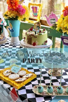 Great ideas to help you organize an unforgettable birthday party Birthday Favors, Birthday Diy, Birthday Party Themes, Party Favors, Alice In Wonderland Birthday, Party Ideas, Fun Ideas, Cake Smash, Gifts In A Mug