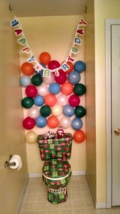 Elf on the Shelf Birthday Chair!