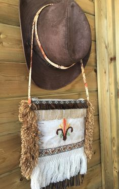 Small purse in country western style